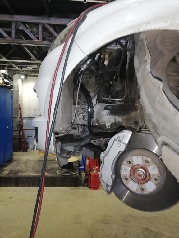 Замена трубок на шланги Audi Q7